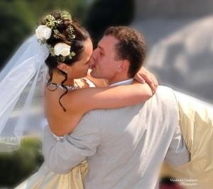 В каком платье невесты идут под венец?
