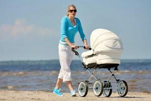 Для малыша требуется удобная коляска