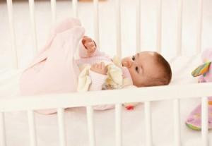 Спальня для маленького ребенка: о сне и периоде бодрствования