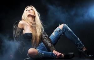 Достоинство рваных джинсов