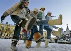 Во что обуть ноги ребенка предстоящей зимой?