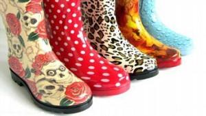 Резиновые сапоги могут быть модными
