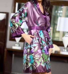 Халаты из шелка: обращаем внимание на качественные изделия