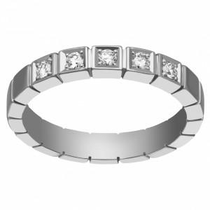 На что следует обратить внимание при покупке кольца с бриллиантом