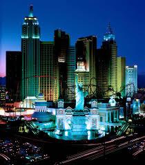 Оформить брак в отеле Лас Вегаса дешевле, чем картошку на российском рынке покупать