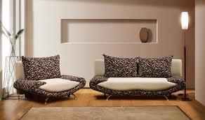Как поменять мебель под носом ворчливого скряги