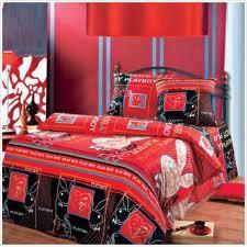 Домашний трикотаж из Иваново: плейбой на вашем одеяле