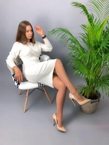 Эксклюзивные вязаные платья стали крайне популярными в последнее время