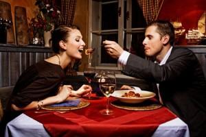 Романтический ужин: руководство для женщины
