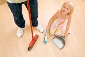 Приучаем ребенка убираться самостоятельно