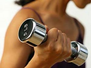 Упражнения с гантелями для спины