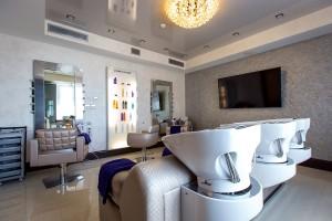 Леди и эстетические салоны: в заботе о красоте и здоровье