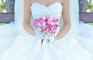 Как стирать и хранить свадебное платье?
