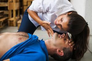 Теряете сознание? 5 причин не бежать сразу к врачу