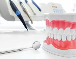 Несколько причин доверить лечение зубов частной клинике в Житомире