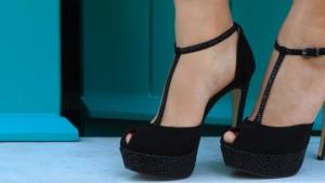 Туфли с открытым носком: как их носить?