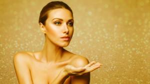 Золотой макияж в новогоднюю ночь