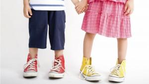 Покупаем детские кроссовки и другую обувь на каждый день