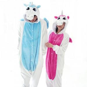 Комбинезон как альтернатива зимней пижаме