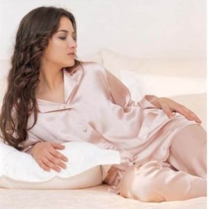 Одежда для сна в гардеробе женщины