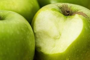 Яблочный сок для здоровья и красоты