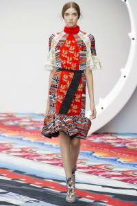 Мода на лето 2013: цвета, фасоны, ткани