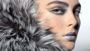 Как сделать металлический макияж на Новый год?