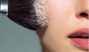 Пудра для идеального макияжа в жаркую погоду