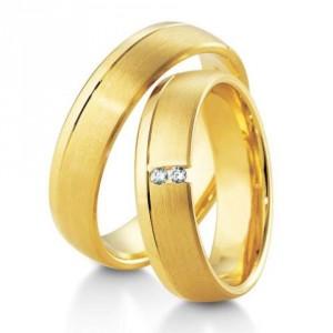 Особенности обручальных колец из желтого золота